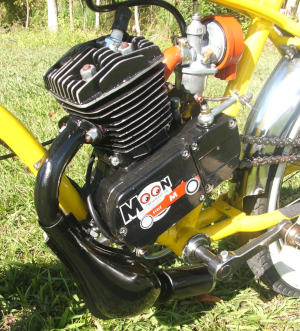 Gas Bicycle Engine with Expansion Chamber